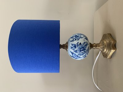Vintage lamp royal blue